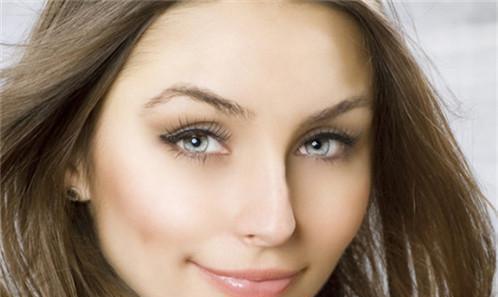 眼睫毛种植手术整体要花好多钱呢