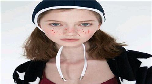 去除颈部皱纹的好方法有些什么?