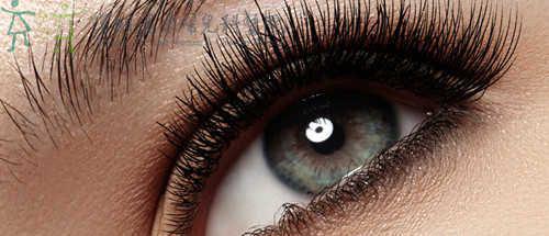 双眼皮修复手术一般需多少钱一回